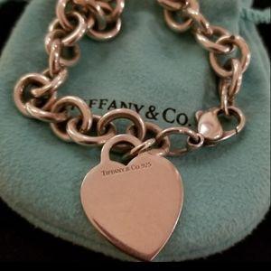 Tiffany & Co. 💙 Charm Link Bracelet
